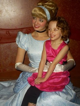 disneyland - ava and cinderella