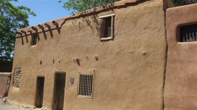 Santa Fe, NM June 2010 238oldest house
