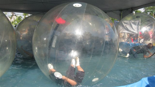 Believe it or not, this nightmarish zero-oxygen, bacteria-factory bubbles are meant for enjoyment!