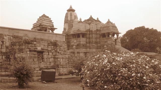 India 2010 303sepia temple