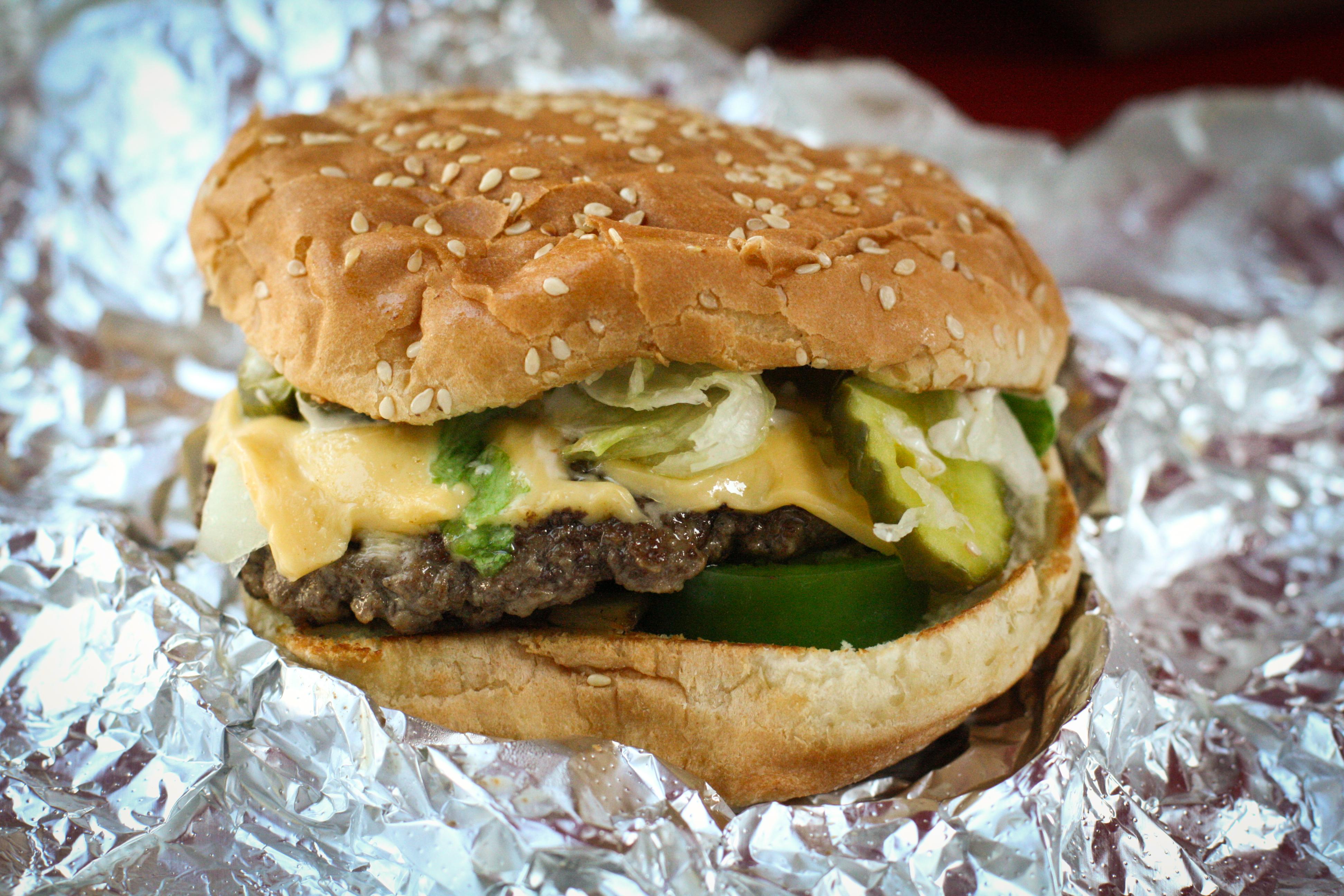 BUN BOY EATS LA – FIVE GUYS BURGERS & MY MONTH WITH CLEOPATRA