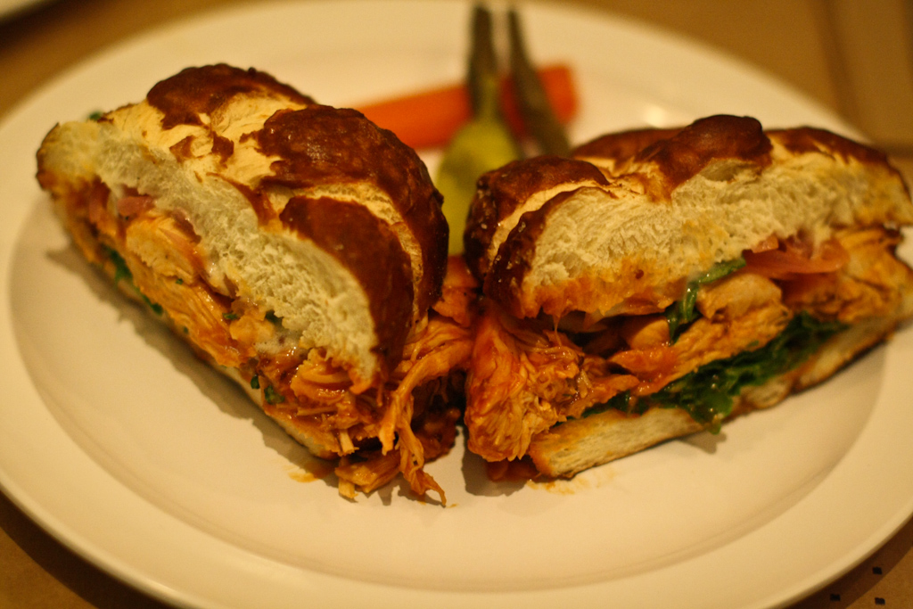 BUN BOY EATS LA – SIMPLE THINGS SANDWICH AND PIE SHOP