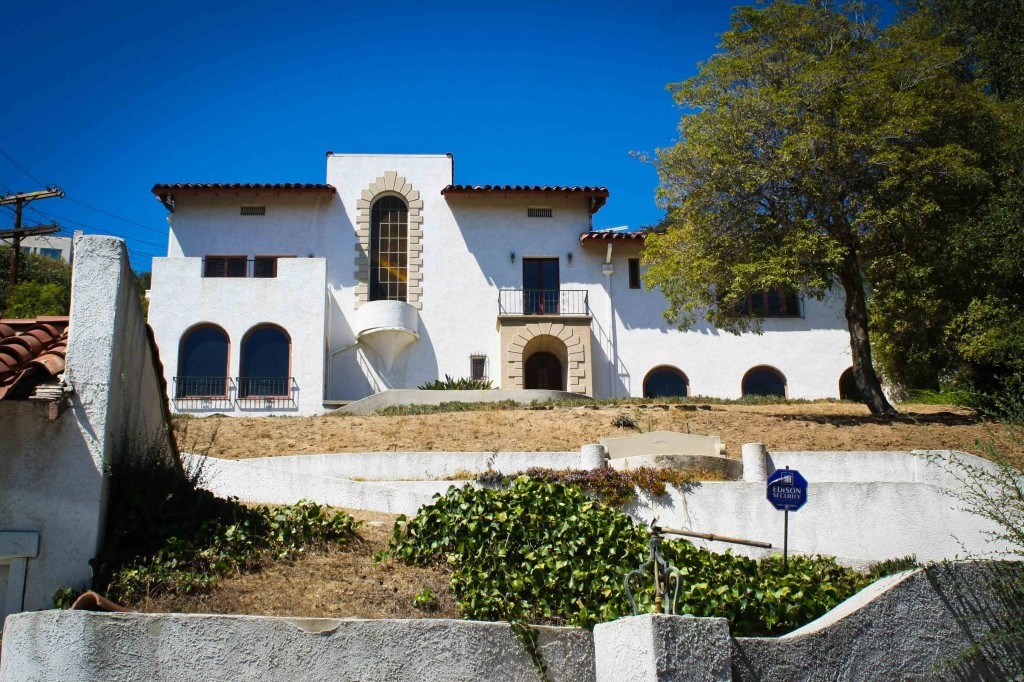 Los Feliz Murder House! Abandoned since the late '50's (GOOGLE IT!)