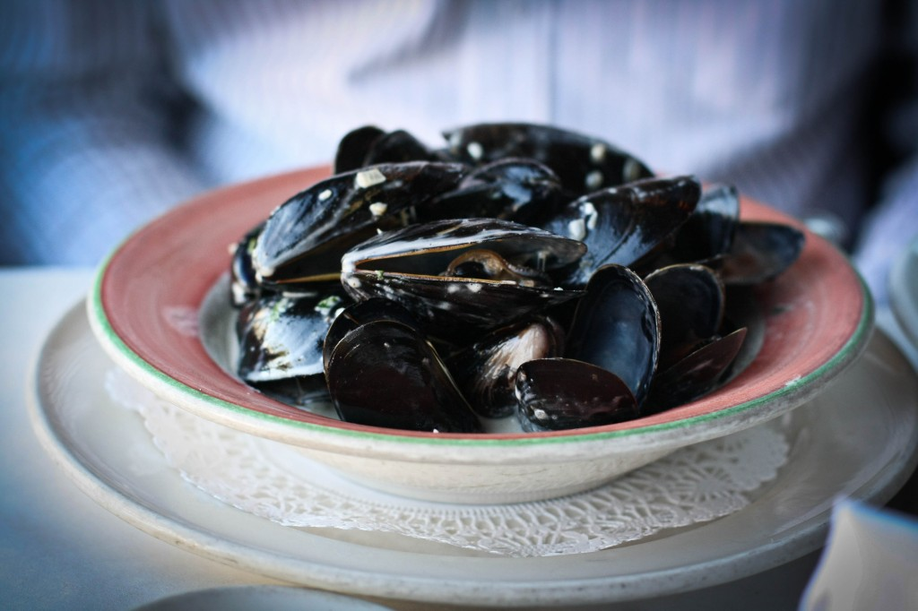 "BLACK MUSSELS "" POULETTE with white wine sauce  & touch of cream"