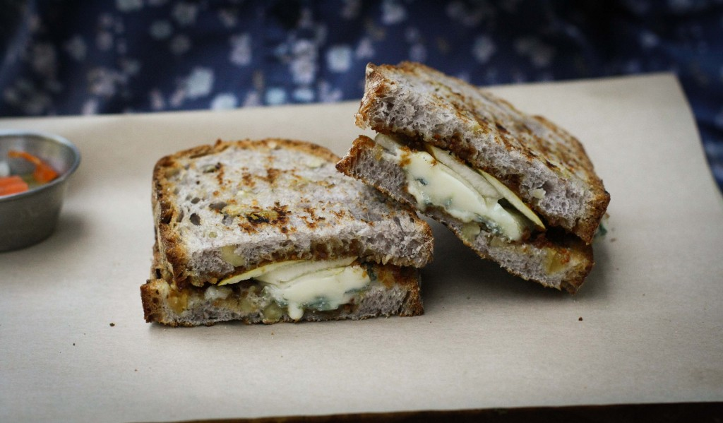 GORGONZOLA DOLCE WITH FIG COMPOTE, PEAR & HONEY ON RAISIN WALNUT