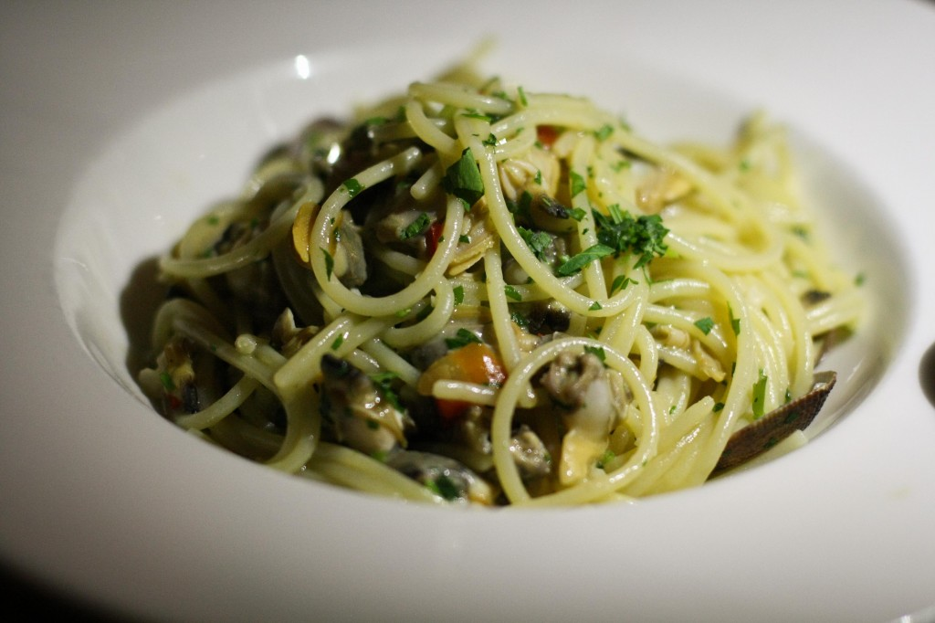 Spaghetti alla Chitarra -  Spaghetti with Clams, Garlic and Olive Oil