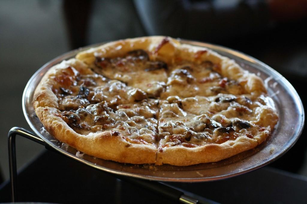 Mushroom - Crimini, porcini, mozzarella, parmesan, asiago, truffle oil