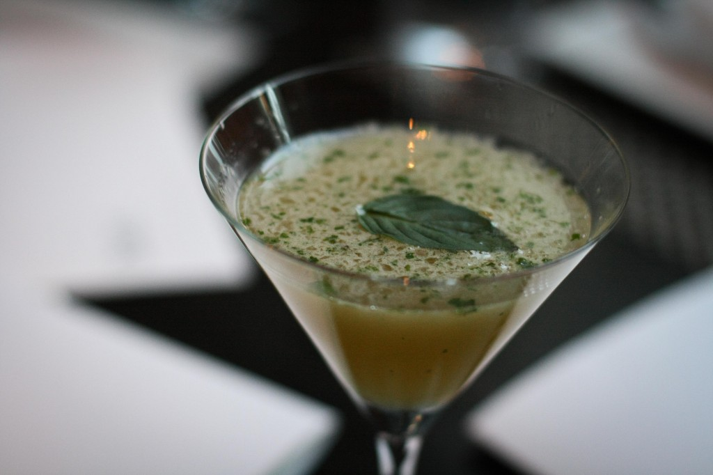 Hot and Sour Gimlet - monopolowa vodka, dragon chile, lime, thai basil, kinh gioi