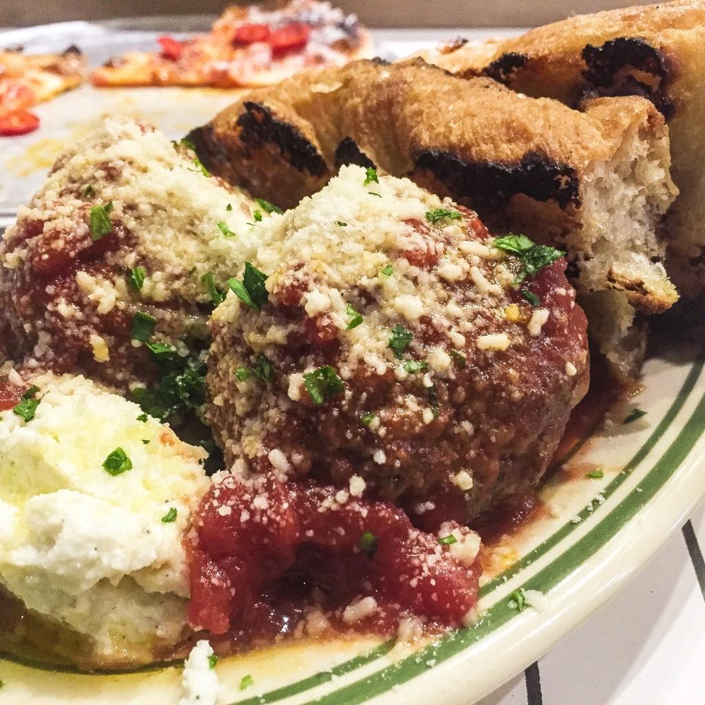 Marinara braised meatballs, ricotta, garlic bread $16.25
