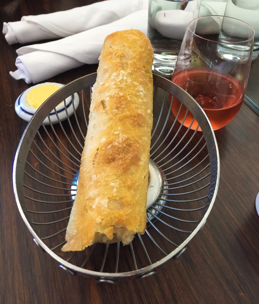Complimentary Table Baguette